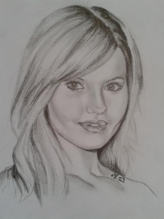 Debby Ryan por Adrienne